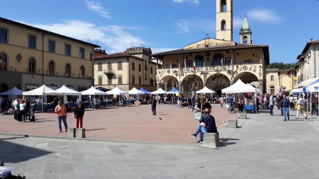 """""""Mercatino dei ragazzi"""" a San Giovanni V.no domenica 02-06-2019"""