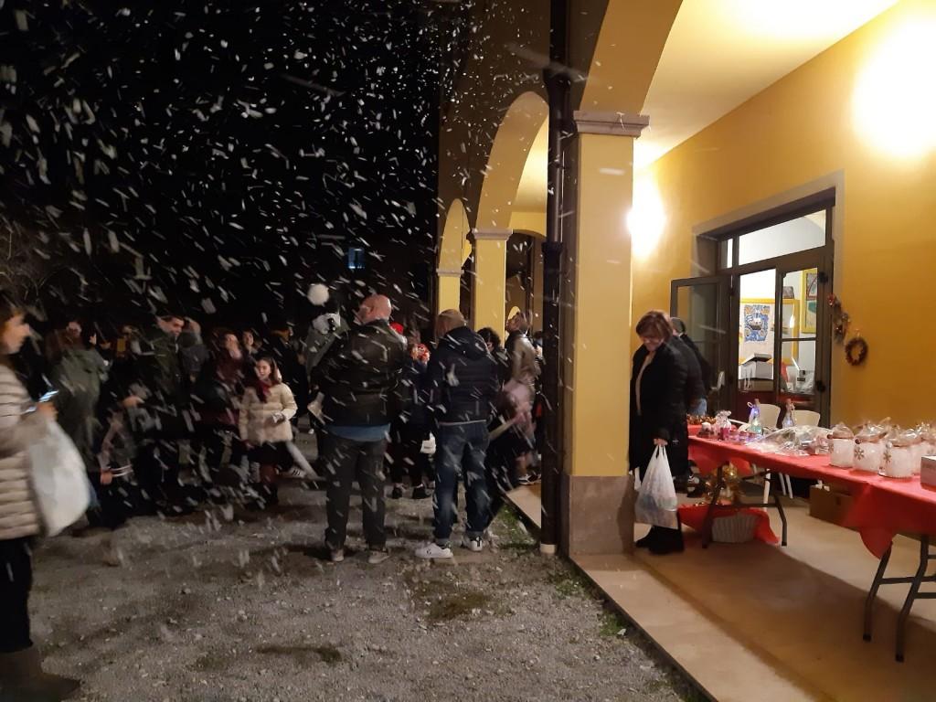 Babbo Natale fa nevicare all'Oratorio di Levane - Sabato 21.12.2019